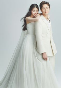 coroobaer - 0 results for weddings Pre Wedding Poses, Wedding Picture Poses, Pre Wedding Photoshoot, Wedding Couples, Korean Wedding Photography, Wedding Couple Poses Photography, Korean Couple Photoshoot, Photo Couple, Wedding Photo Inspiration