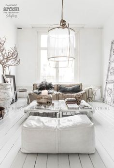 Gorgeous decorating with winter whites.