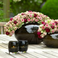 Old, but gold Beautiful Flower Arrangements, Floral Arrangements, Beautiful Flowers, Deco Floral, Arte Floral, Flower Vases, Flower Art, Floral Centerpieces, Centrepieces