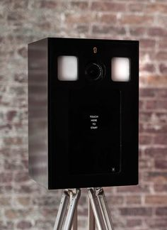 Piano Black Wood Obscura Photobooth by The London Lightbox