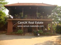 $250,000.00 - Villa for sale is located in Koak Chork commune, Siem Reap city. It has 4 bedrooms, balcony, garden, swimming pool, unfurnished and a parking space. There are three bedrooms come with air-con, wardrobe and an en-suite bathroom. Moreover, the living room is huge and the kitchen is big with an ample space for cooking. The …