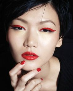 Top 20 Beautiful and Sexy Eye Makeup Looks To Inspire You – k a r i s a . Top 20 Beautiful and Sexy Eye Makeup Looks To Inspire You 20 Best Eye Makeup Pictures To Inspire You Sexy Eye Makeup, Asian Eye Makeup, Red Makeup, Hair Makeup, Rouge Makeup, Gothic Makeup, Crazy Makeup, Fantasy Makeup, Makeup Style