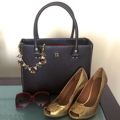 Kate Spade bag Like new. Excellent condition. Brown color. kate spade Bags