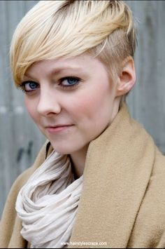 Hot Short side cut hairstyles for teenage girls. Check out more Teen hairstyles and other cool hairstyles on www.hairstylescraze.com