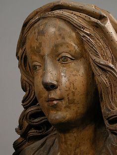 Detail - Madonna and Child, 16th century,  Franconia; Limewood with paint, (72.5 x 37 x 33cm).  The Metropolitan Museum of Art.