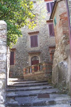 Montecatini Terme  #Tuscany Walked thru the town, met a older woman from Brooklyn, she said she and her husband come every year for 3 months for the hot springs.