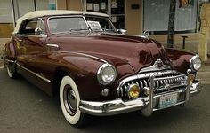 1947 Buick Roadmaster A very beautifully designed automobile. Buick 2017, Vintage Cars, Antique Cars, General Motors Cars, Automobile, Buick Models, Buick Roadmaster, Buick Cars, Convertible