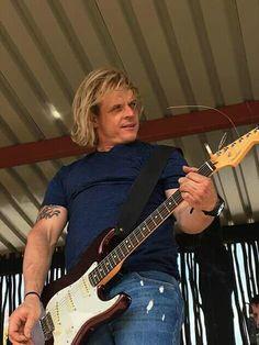 Jan Blohm Music Instruments, Afrikaans, Singers, Bands, Musical Instruments, Band, Band Memes, Singer