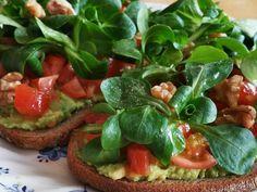 Bruschette con avocado