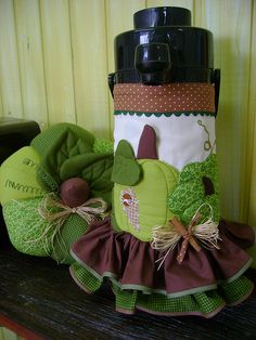 Capa de garrafa térmica by anabordados, via Flickr