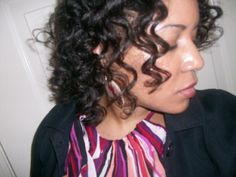 """I tried several bantu knot outs over the first two years of my healthy hair journey without any success. This style is formed when your hair is twisted around itself until it forms a knot that resembles a stack of tires. When you remove the knots your hair will resemble a corkscrew rope. The """"rope"""" […]"""