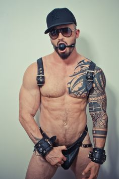 Hairy Turkish Machos For Gays : Fotoğraf Leather Fashion, Leather Men, Black Leather, Hot Hunks, Guy Pictures, Hairy Men, Muscle Men, Burlesque, Sexy Men