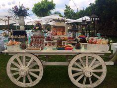 www.casaleonarda.com.mx. Mesa de dulces - Carreta - vintage - dulces mexicanos - Candy Bar - Wedding - boda - decoración - party