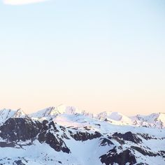 Another beautiful sunset full of peaceful colors at Val Thorens in french mountains  @clubmedvalthorens by alleedesroses instagramers I like