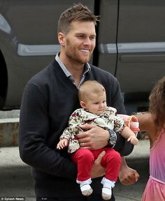 Tom Brady takes wife Gisele Bundchen and gorgeous baby Vivian to his sisters college graduation