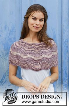 Summer Sand - Knitted shoulder piece with wave pattern. Size: One-size Piece is knitted in DROPS Delight and DROPS Kid-Silk. - Free pattern by DROPS Design Drops Design, Knitted Shawls, Crochet Scarves, Knitting Patterns Free, Free Knitting, Crochet Patterns, Drops Kid Silk, Magazine Drops, Knit Cardigan Pattern