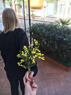"""""""Ovunque lei vada, accompagnala con tutto il tuo cuore."""" Buona Festa della Donna da #Erasma www.erasma.it"""