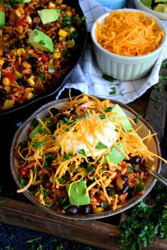 30 Minute Black Bean Corn and Rice Skillet - Lord Byron's Kitchen Plant Based Recipes, Veggie Recipes, New Recipes, Salad Recipes, Vegetarian Recipes, Beans Recipes, Rice Dishes, Veggie Dishes, Black Beans