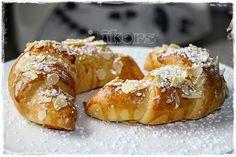 Kochen....meine Leidenschaft: Marzipan Mandel Hörnchen