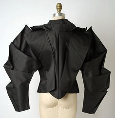 Jacket Designer: Issey Miyake (Japanese, born Design House: Miyake Design Studio (Japanese) Date: spring/summer 1991 Culture: Japanese Medium: silk fashion moodboard Issey Miyake Issey Miyake, Vetements Clothing, Jet Set, Structured Fashion, Arte Fashion, Origami Dress, Geometric Fashion, Origami Fashion, Fashion Details