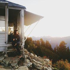 ein haus in den bergen