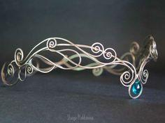 Cute Jewelry, Silver Jewelry, Jewelry Accessories, Jewelry Design, Silver Tiara, Headpiece Jewelry, Hair Jewelry, Wire Crown, Magical Jewelry