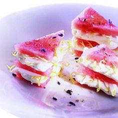 Marinierte Wassermelone mit Frischkäse