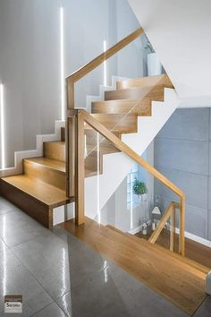 54 Best Scandinavian Stairs Design Ideas For Your Inspiration Home Stairs Design, Stair Railing Design, Stair Decor, Interior Stairs, Modern House Design, Home Interior Design, House Staircase, Staircase Remodel, Wood Railings For Stairs
