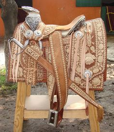 .wow charro mexican saddle Cutting western quarter paint horse appaloosa equine tack cowboy cowgirl rodeo ranch show pony pleasure barrel racing pole bending saddle bronc gymkhana