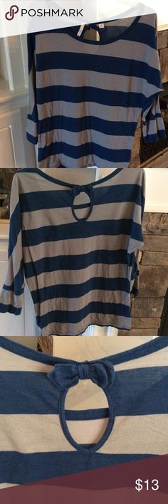 Ladies' top Excellent condition, blue and tan wide striped with small keyhole on the back. The back also has a cute bow detail on the keyhole. LC Lauren Conrad Tops