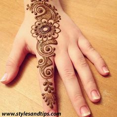 Here is the most beautiful and cute collection of mehndi designs for kids. These mehndi designs are very beautiful and simple. Henna Hand Designs, Mehndi Designs Finger, Mehndi Designs For Kids, Simple Arabic Mehndi Designs, Mehndi Designs For Beginners, Modern Mehndi Designs, Mehndi Design Photos, Mehndi Designs For Fingers, Mehndi Simple