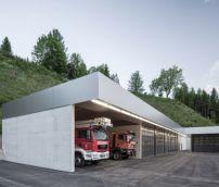 Feuerwehrstation in Oberösterreich / Rücken an Rücken - Architektur und Architekten - News / Meldungen / Nachrichten - BauNetz.de