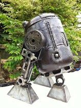 R2-D2 from Star Wars 75cm in height. Contact us at sales@steelartfactory.com for more information.