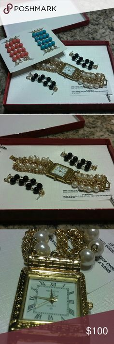 Kenneth Jay Lane bracelet watch New kenneth jay lane interchangeable pearl watch. Comes in diff colors. Rare piece. Needs battery Kenneth Jay Lane Accessories Watches