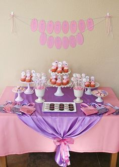 Little girl party: table cloth