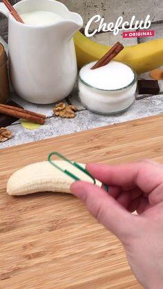 Baked Banana, Banana Bread, Bread Band, Baking Recipes, Dessert Recipes, Cake Recipes, Kreative Desserts, Diy Food, Food Hacks