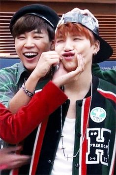 yoonmin...damn look how cute jimin looks with that hat!!!!