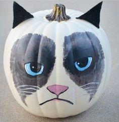 Grumpy Cat Halloween pumpkin!