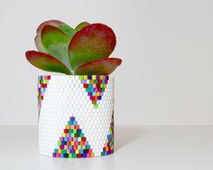 Make a woven bead planter
