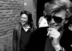 davidbowiesmiles: david bowie smiling before having a cigarette Adoro!