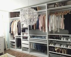 Home Inspiration IKEA PAX wardrobe. Inspiration and different combinations for the perfect dressing Closet Storage, Closet Organization, Organization Ideas, Bedroom Storage, Closet Drawers, Storage Ideas, Ikea Storage, Ikea Drawers, Wardrobe Storage
