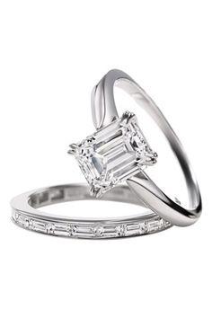 Engagement Ring: Emerald