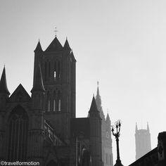 #sunday #morning #sundaymorning #blackandwhite #blackandwhitephotography #gent #ghent #ghentcity #visitgent #historic #city #centre #wanderlust #travel #travelgram #guardiancities #guardiantravelsnaps #belgium #igbelgium #towers #visitflanders #vscocam #vsco
