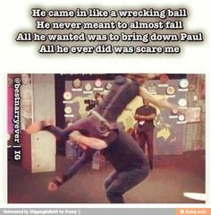 This is for you Maxwell B. its your two favorite things Harry Styles and Wrecking Ball One Direction Humor, One Direction Pictures, I Love One Direction, 1d Day, Max Schneider, 1d And 5sos, I Am Scared, Boys Who, Ed Sheeran