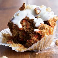 Healthy Carrot-Cake Cupcakes   Love that they won't weigh you down with a lot of processed ingredients!