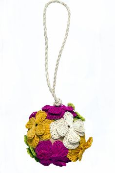 BRAZIL: Handcrafted Flower Ball Ornament – Dsenyo #FairTuesday
