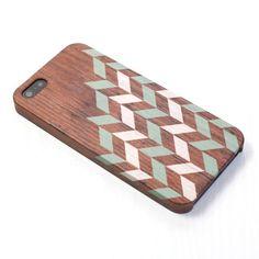 Geometrisch Holz Muster Pastell Grün Iphone Case von happybuddy, $15.99