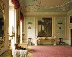 A room view of the Eating Room at Osterley Park. The room designed by Robert Adam shows stucco arabesque decoration and classical capricci (paintings). Neoclassical Design, Georgian Interiors, Vintage Interiors, Regency Furniture, World Of Interiors, Park Homes, Historic Homes, Interior And Exterior, Interior Design