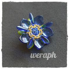 Koraliki tudzież: pazurki, kwiat i kula mocy