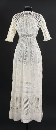 Summer Dress: ca. 1912, lawn, cotton, lace.
